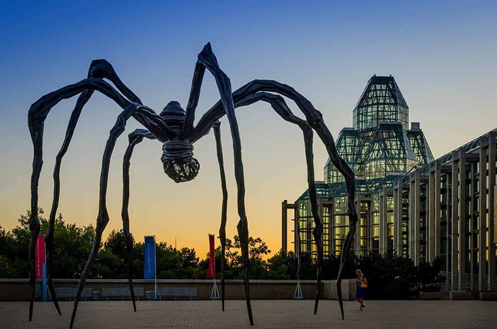 Senior living in Ottawa is full of amazing opportunities to visit museums and sites like the National Gallery.